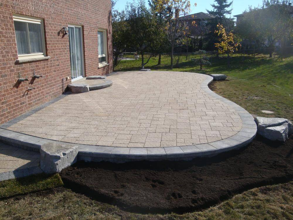 Landscape Construction Services In Vaughan Ontario. If you require a landscape designer, landscape design or landscape architecture give us a call. We specialize in Backyard designs in vaughan, ON.